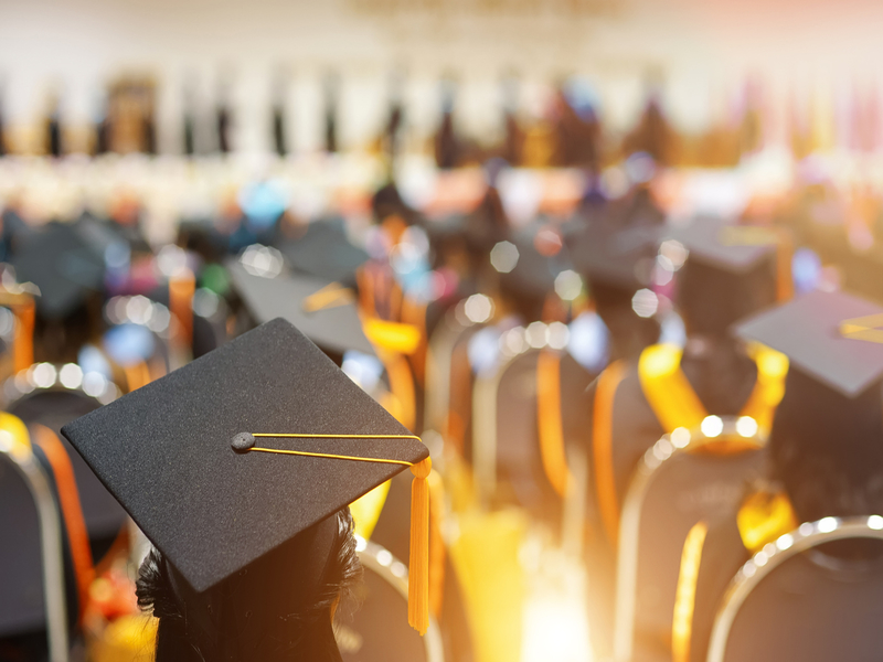 how to do graduation live streaming