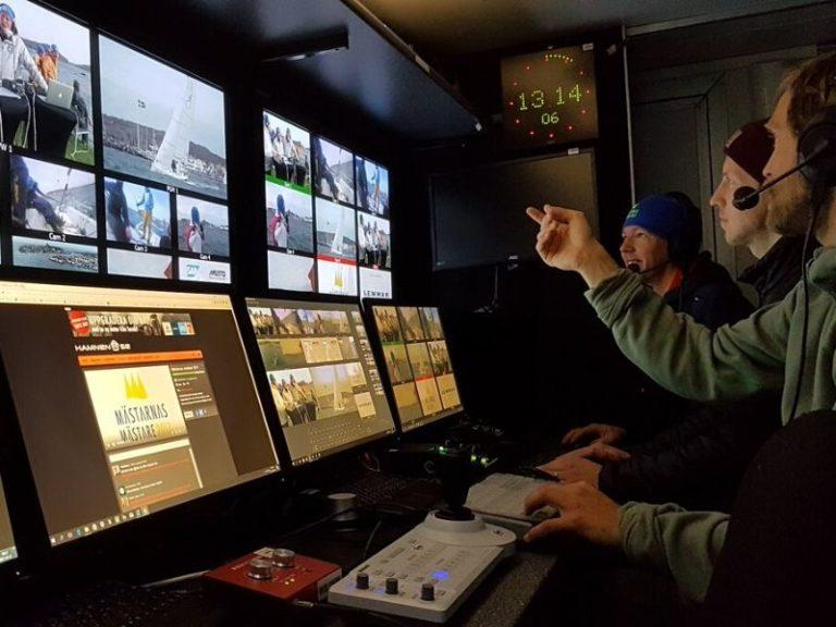 Live Stream Software for Multicam Webcasting