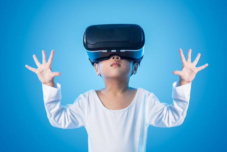 VR Streaming: What Are its Challenges and Opportunities?