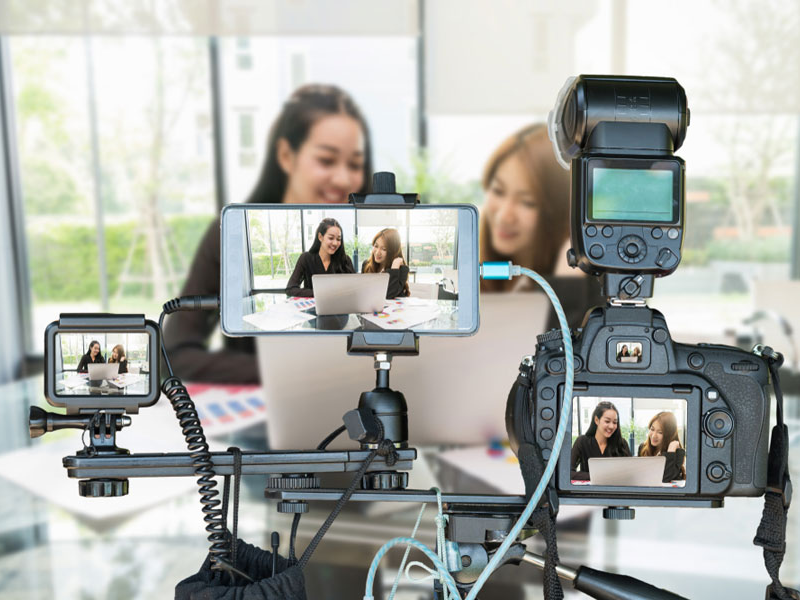 Your Guide To The Best Live Streaming Equipment In 2021 Dacast